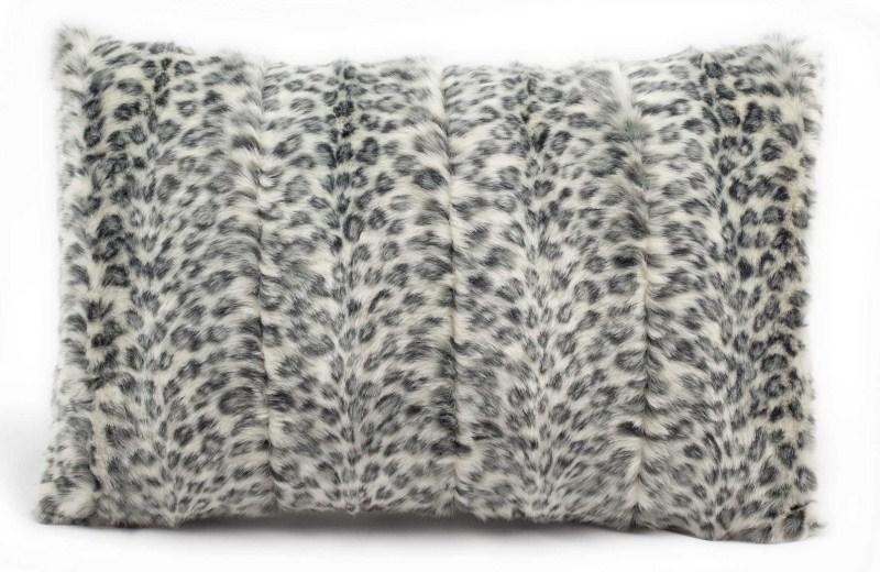 Mina Victory Fur Silver Leopard Ivory/grey Throw Blanket